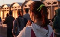 Spring Yoga Flow - pratica al tramonto sul mare